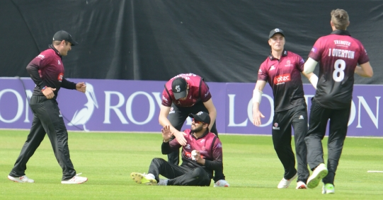 RLODC 50-over Som v Surrey 070519 Jamie Smith ct Azhar Ali bld Jamie Overton (C) M Williams